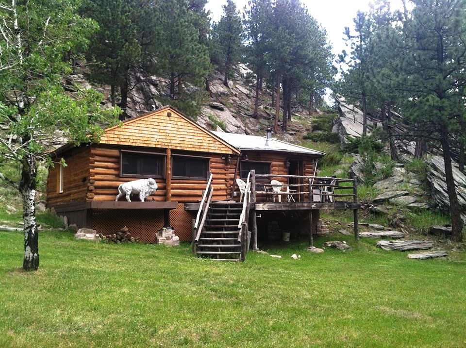 lost bison cabin custer south dakota black hills